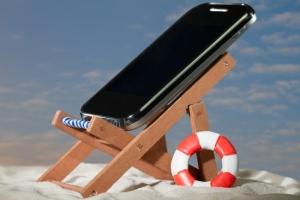 SmartphoneInBeachChair650